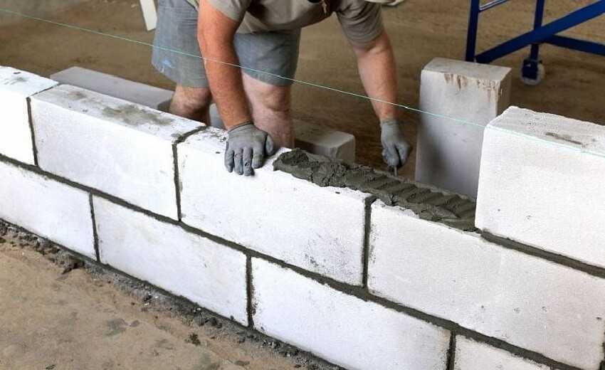 Строительство внутренних стен и перегородок из газобетона