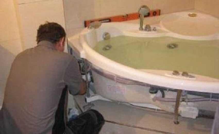 Установка круглой ванны