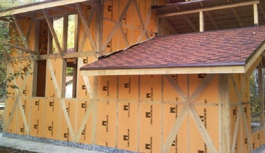 Деревянный дом, утепленный пеноплексом снаружи