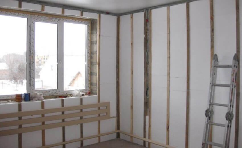Как утеплить стены изнутри в частном доме