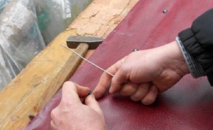 Как утеплить входную деревянную дверь
