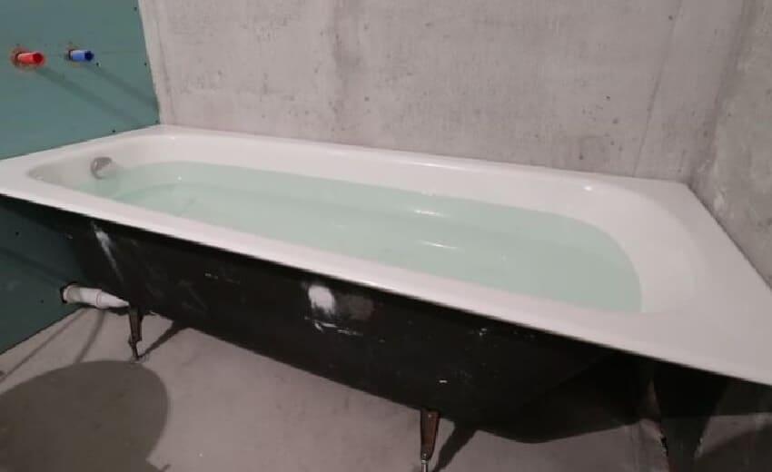 Как установить чугунную ванну