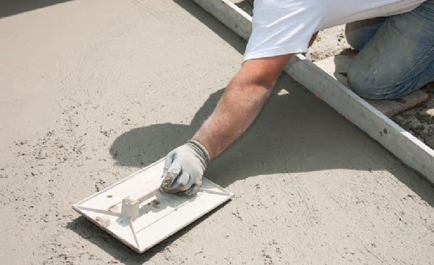 Горизонтальная гидроизоляция фундамента ‒ Сухое железнение бетона