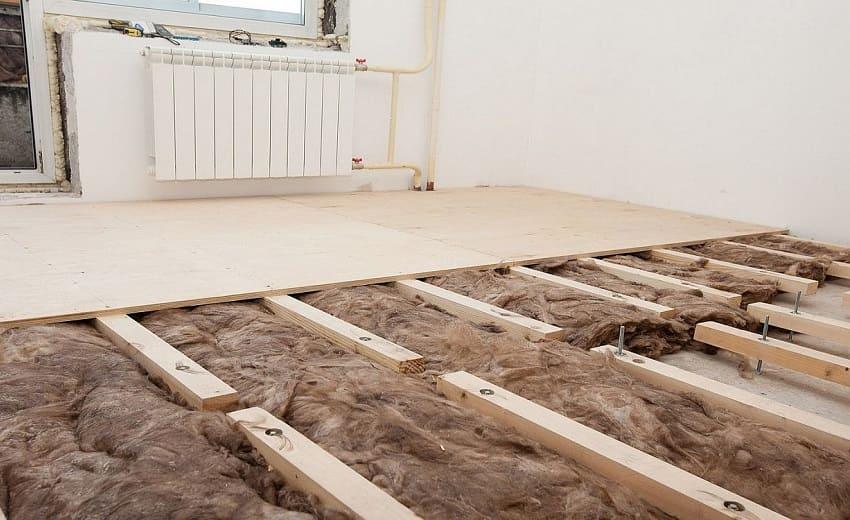 Как утеплить бетонный пол в доме