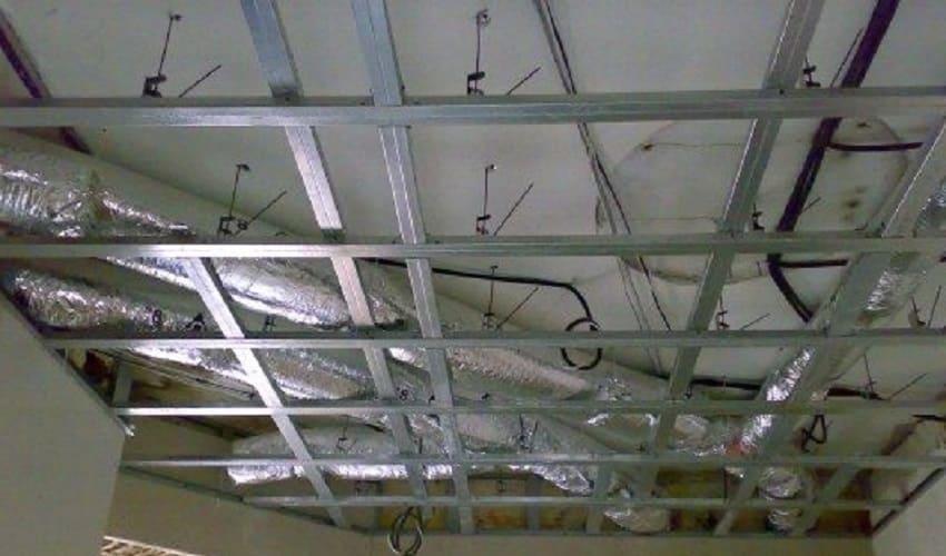 Подготовка потолка для теплоизоляции пенопластом изнутри